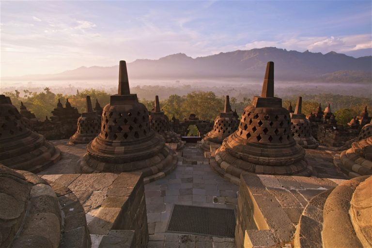 Landscape of the Soul – Indonesia's Forgotten History